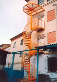 Oceľová konštrukcia schodiska
