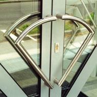Nerezové madlá na dvere
