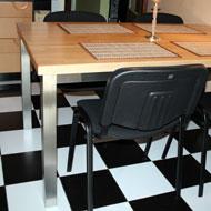 Nerezový kuchýnský stôl, drevená doska