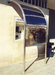 Prístrešok na bankomat